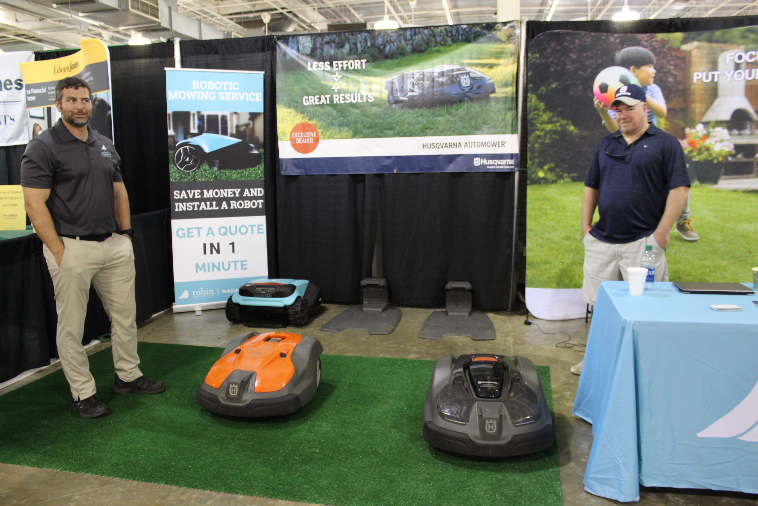 Robin Autopilot robotic lawnmower at Jacksonville Home & Garden Show